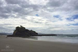 Tawharanui Flat Rock - Matejalicious Travel and Adventure