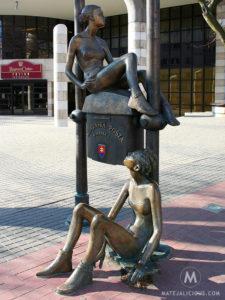Statue Slovenska Posta - Matejalicious Travel and Adventure