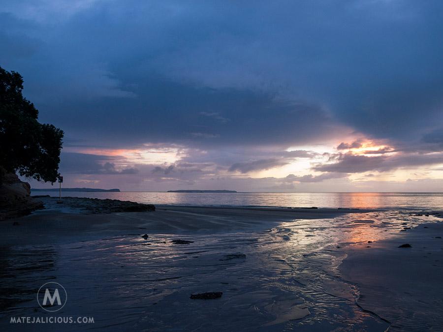Rothesay Bay Sunrise - Matejalicious Travel and Adventure
